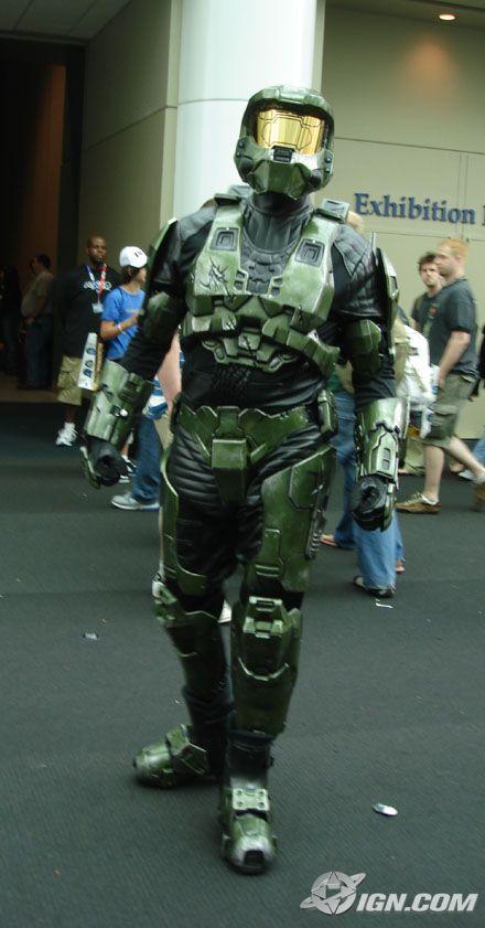 O chutador de bundas favorito da Microsoft: Master Chief!